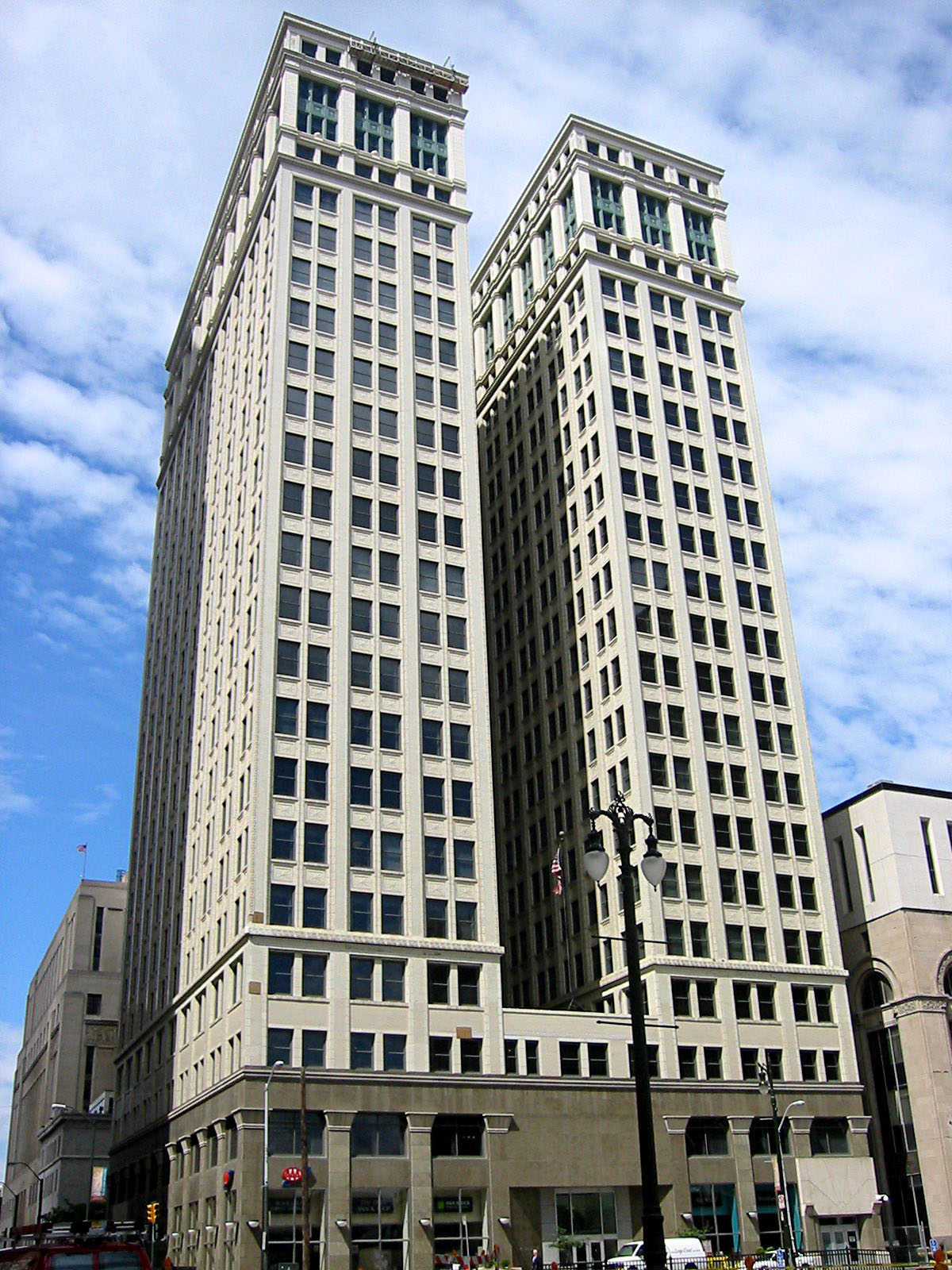 dime building chrysler house